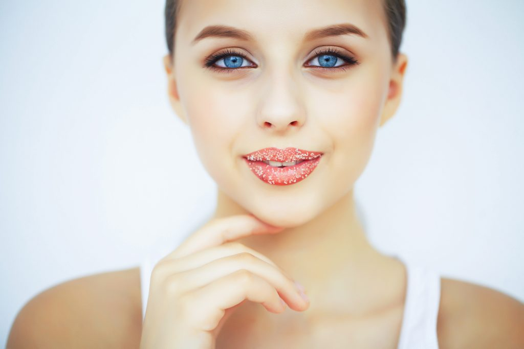 bibir pink orang korea